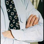 ドレイクスがリスペクトするボタンダウンオックスフォードシャツの魅力とは。