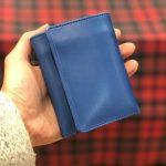 トレンドのミニバッグにも!待望の三つ折り財布