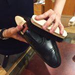 プロに学ぶチャンス!靴を愛でる、シューケアイベントを青山店で開催!