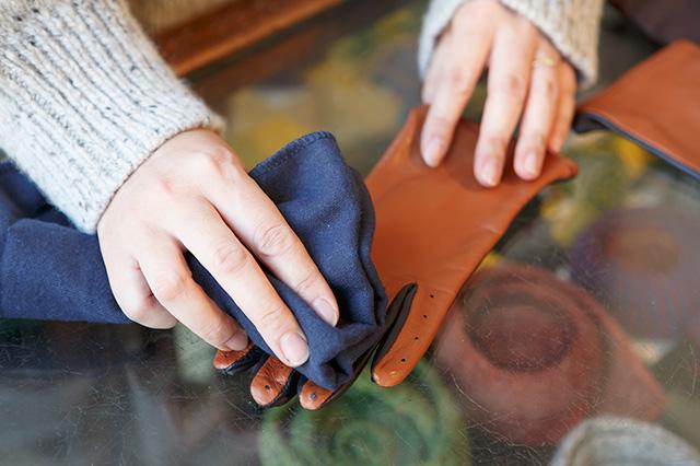 手袋乾拭き
