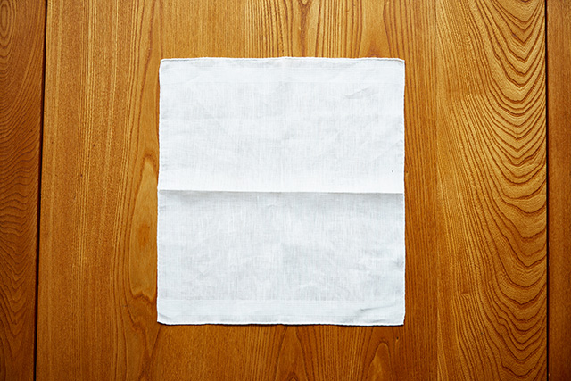 ポケットチーフ畳み方