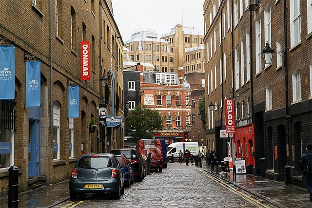Earlham St