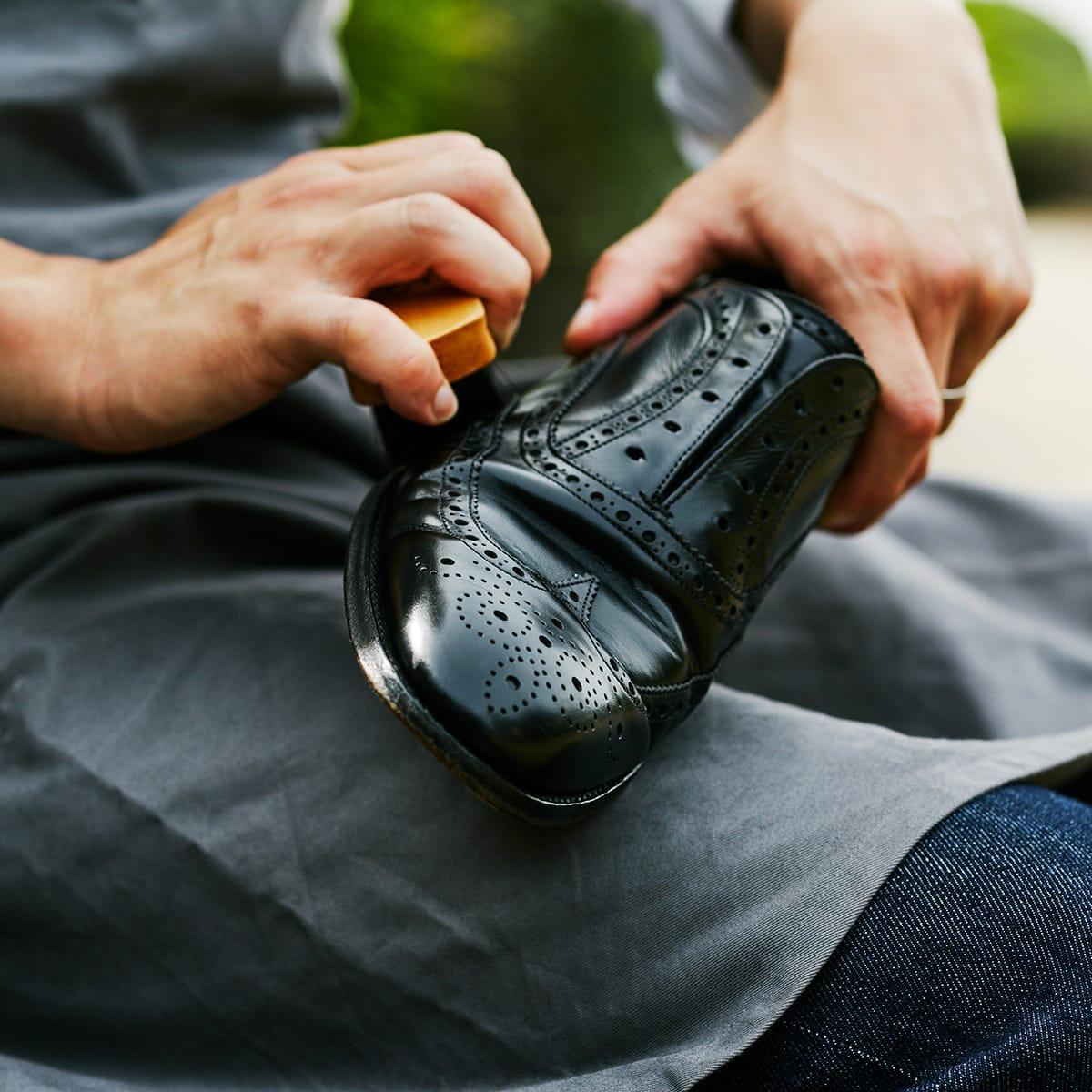 履きおろす前に。革靴を長く使うためのプレメンテサービス