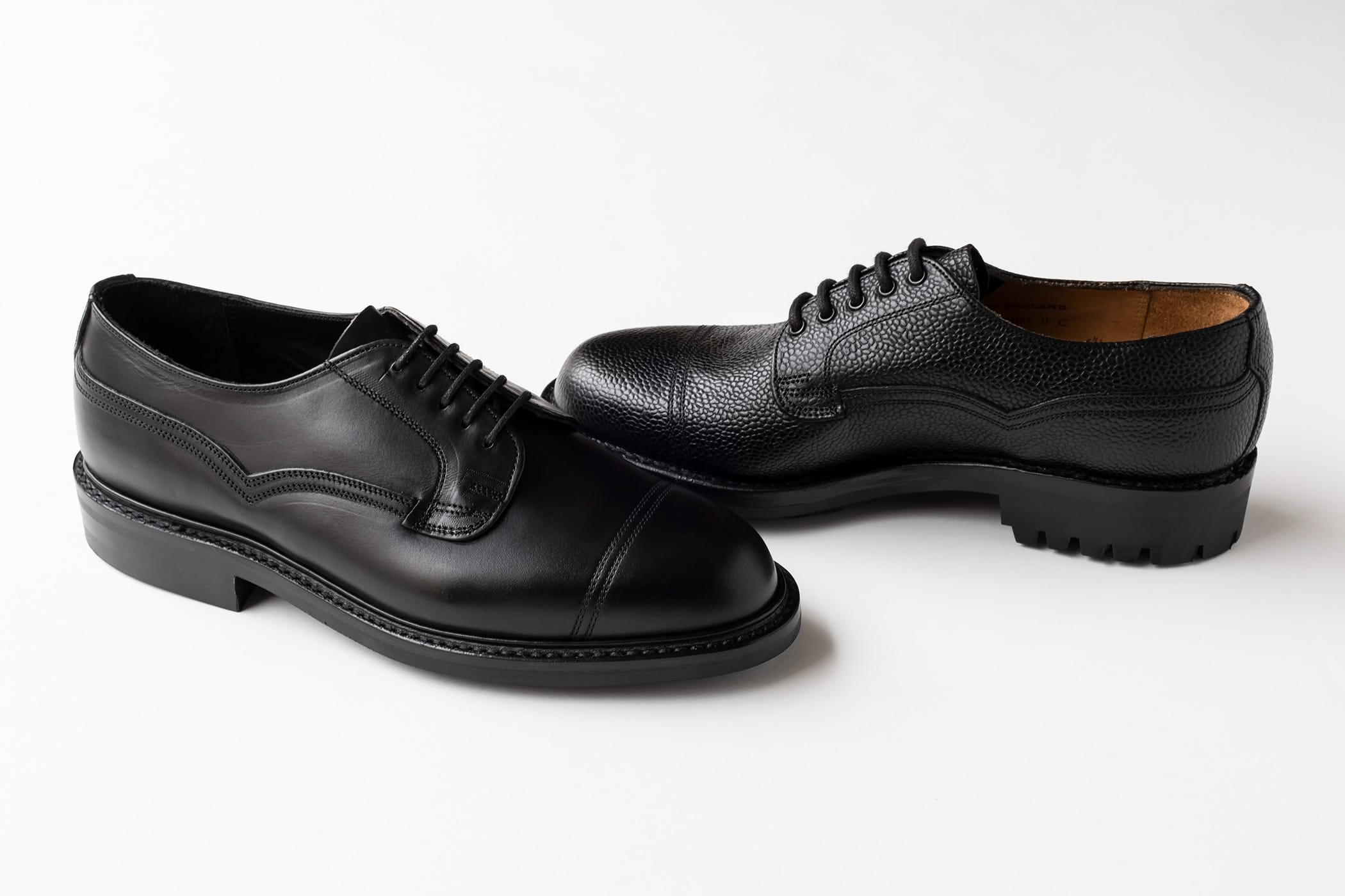 It carries BRITISH MADE Ken Gon hybrid die night sole to balance functionality with sharp looks