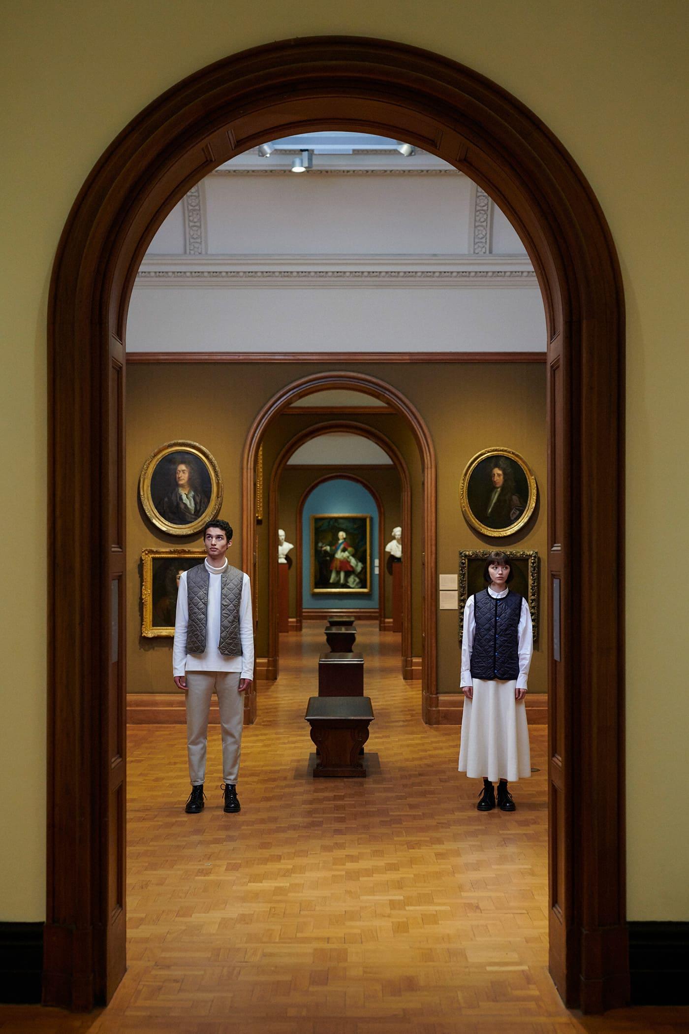 National Portrait Gallery(ナショナル・ポートレート・ギャラリー) LAVENHAM(ラベンハム) ビジュアルルック