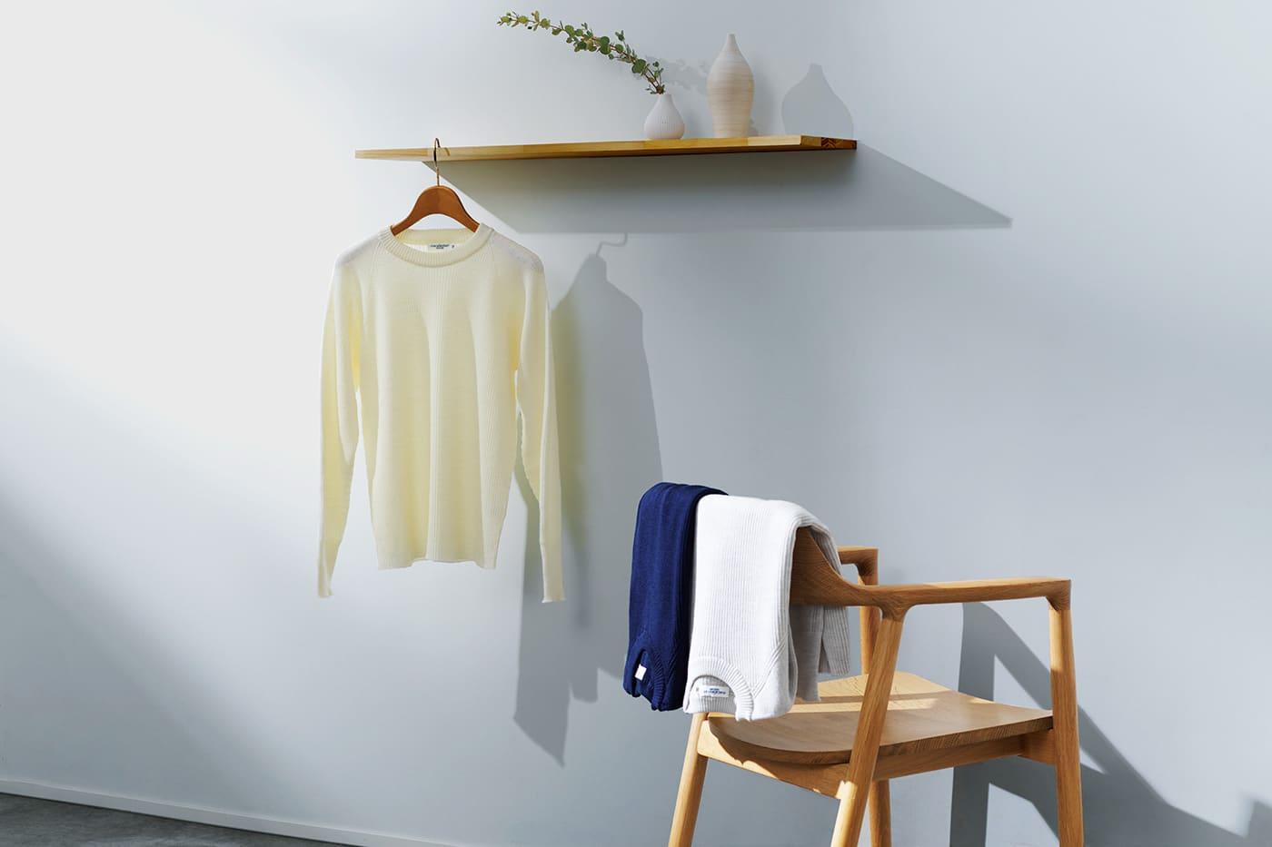 スタイリッシュなフィット感にこだわりのディテールを反映したタクティカルセーター