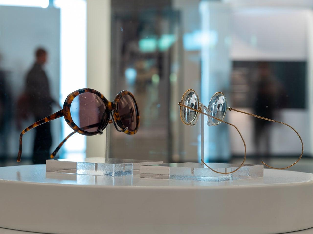 ジョンとヨーコのメガネ
