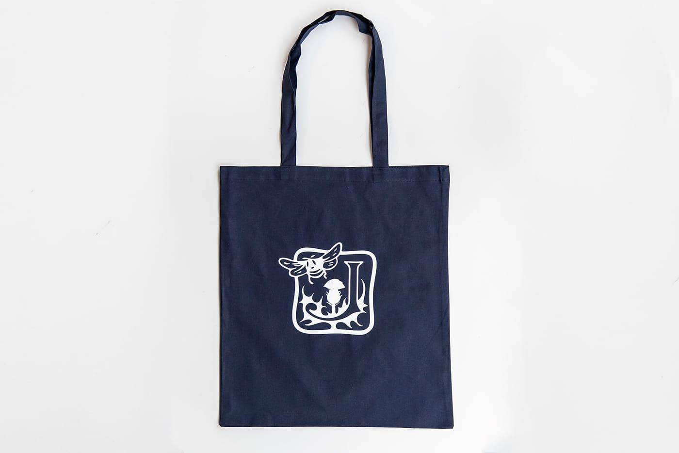 ジョンストンズ ロゴ入りトートバッグをプレゼント中