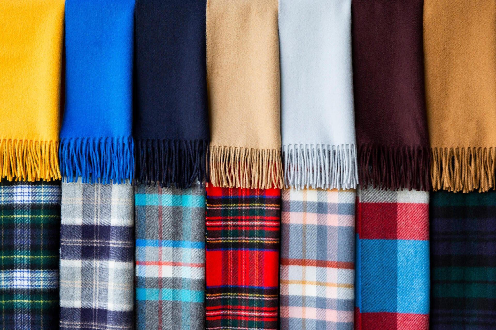 ジョンストンズ  スカーフ