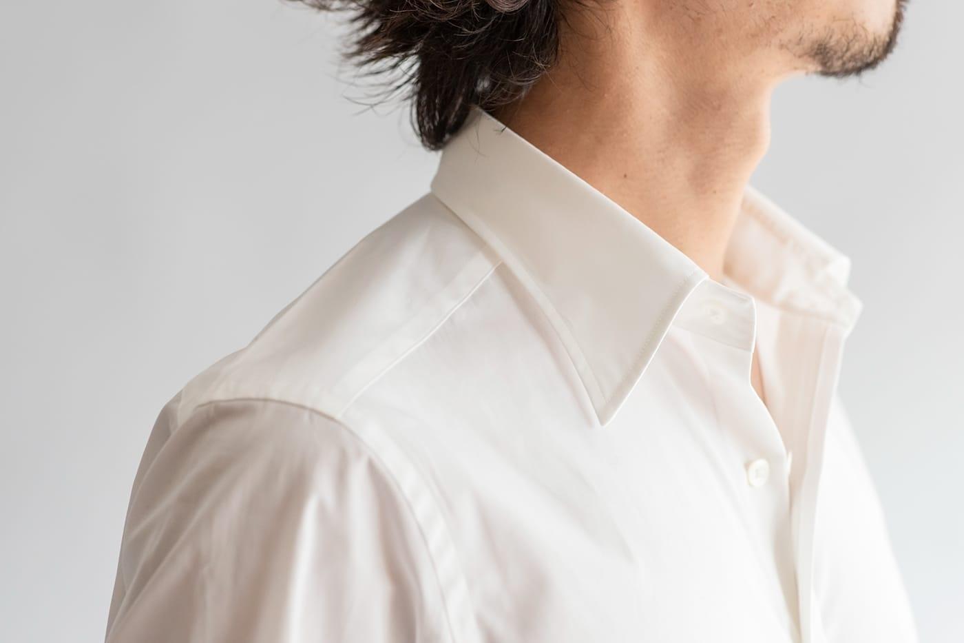 ドレスシャツ「ロンドン」 シャツ一枚でもサマになる、カーブした襟
