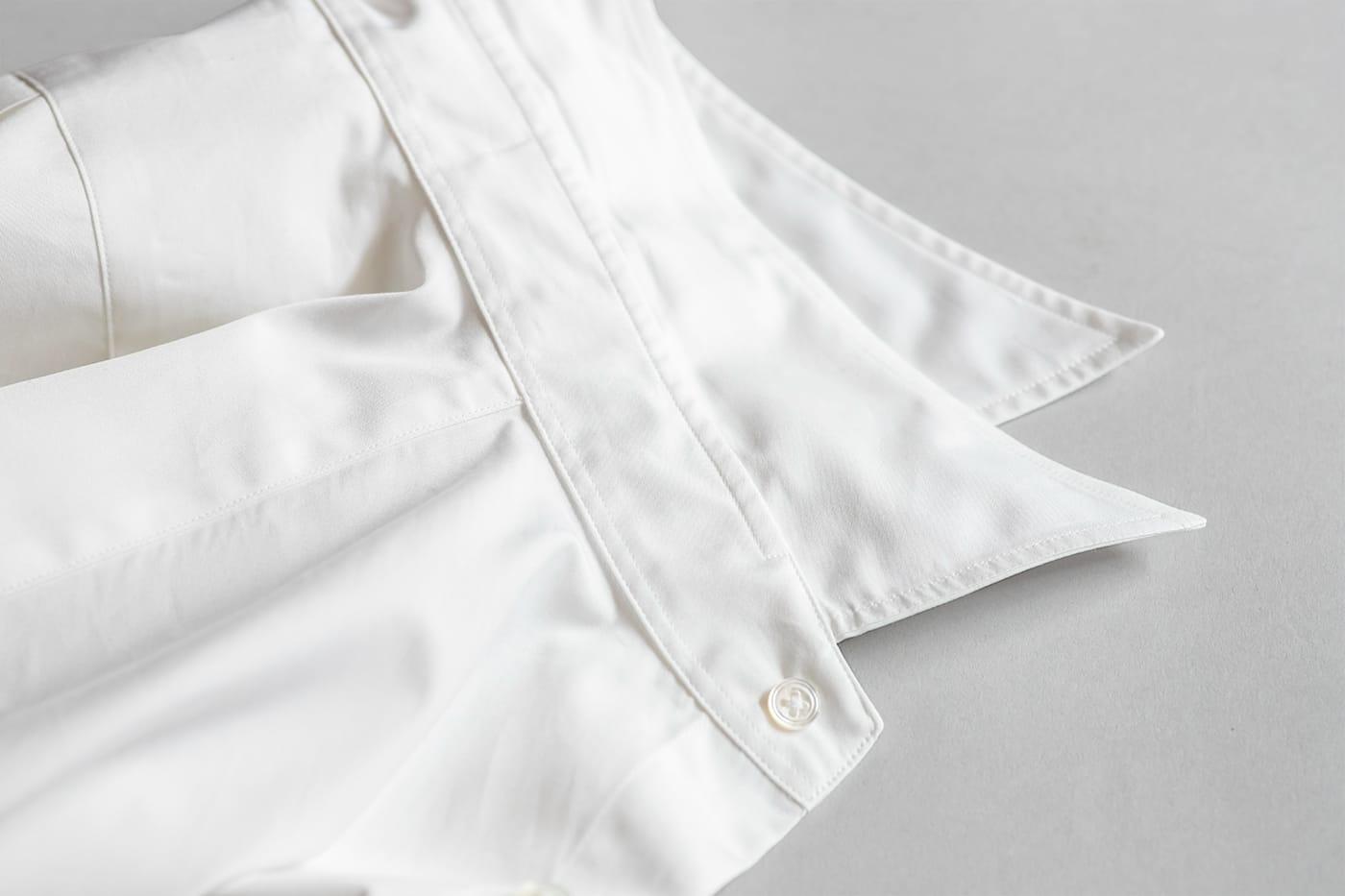 ドレスシャツ「ロンドン」 カラーステイを排して、襟の柔らかさを最大限発揮